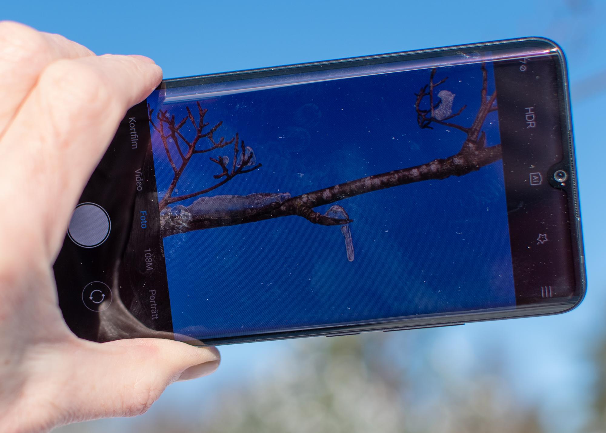 Kameramobil med fokus på detaljerna